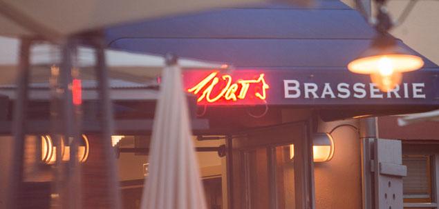Eingang der Brasserie – WaTT's Brasserie | Restaurant | Bar | Biergarten in Ettlingen