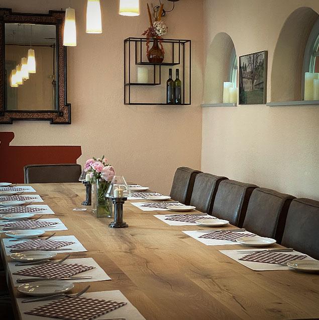 """die neue """"alte Bar"""" in der Watt's Brasserie – DAS Restaurant in Ettlingen, Bild 1"""