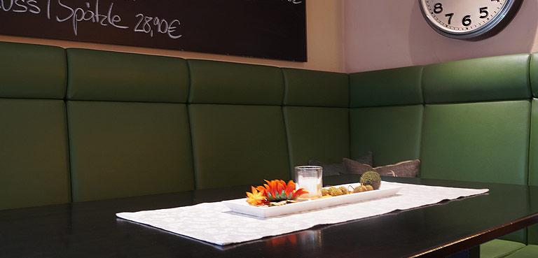 Die Kneipe in der WaTT's Brasserie | Restaurant | Bar | Biergarten in Ettlingen
